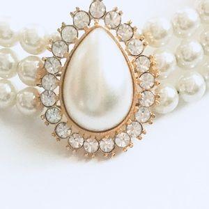 Vintage Jewelry - Vintage Pearl Necklace Choker
